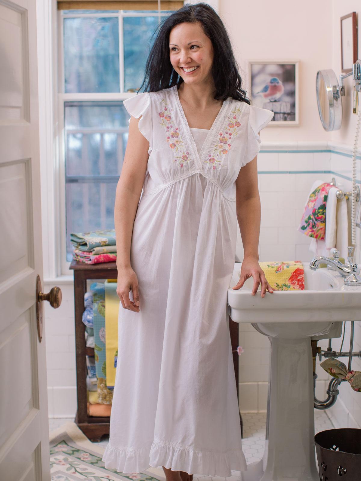 Amelie Ladies Nighty Ladies Clothing Nighties