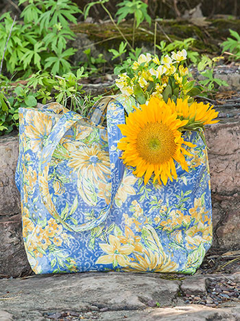 In Full Bloom Oil Market Bag
