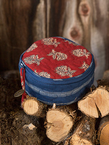 Flea Market Patchwork Round Cosmetic Bag