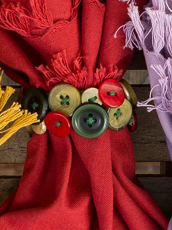 Holiday Button Napkin Ring Set/4