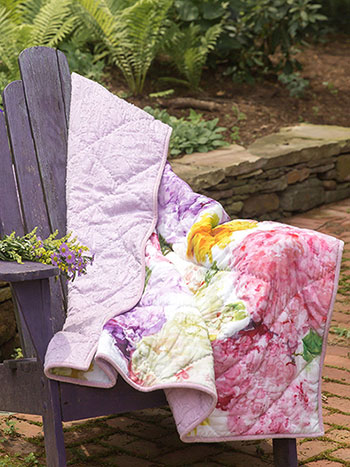 Tumbling Hydrangea Throw