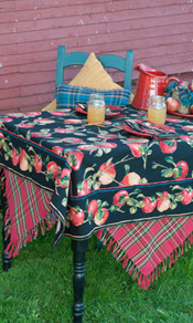 Applicious Tablecloth - Black