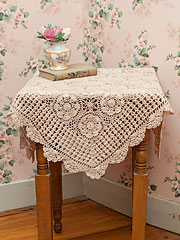 Romantic Crochet Cafe Cloth