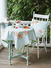 Charlotte's Chenille Emb Tablecloth