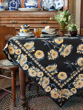 Sun Follower Tablecloth - Black