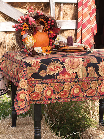 Sunflower Tablecloth - Black