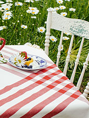 Happy Picnic Gingham Tablecloth - Red